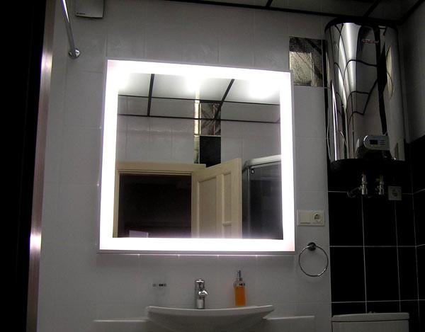 Зеркало с подсветкой на заказ
