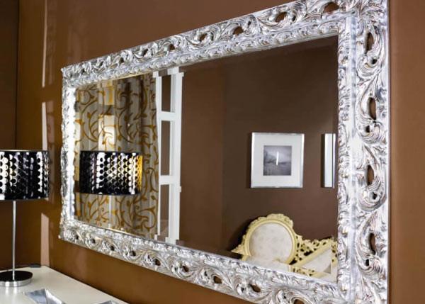 Зеркало для комнаты на заказ