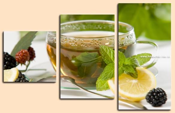 Tee mit Zitrone und Brombeere