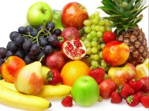 Фартуки для кухни с изображением ягод и фруктов